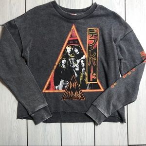 Vintage style Def Leppard cropped sweater